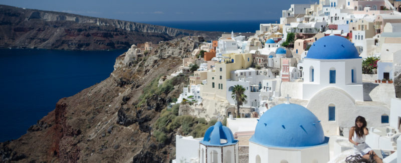 2,000,000 Tourist Invade Santorini Each Year, 3 Surprisingly Simple Ways to Beat the Crowds