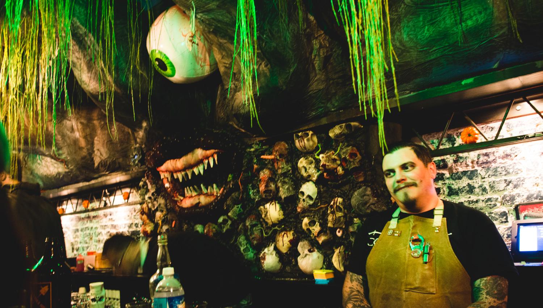 Halloween bar dc game of thrones