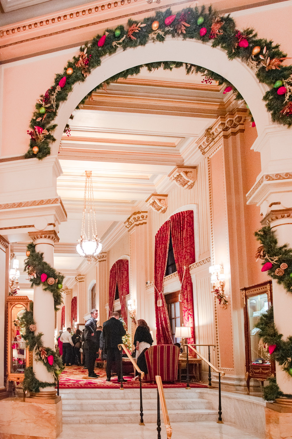 christmas at the willard dc