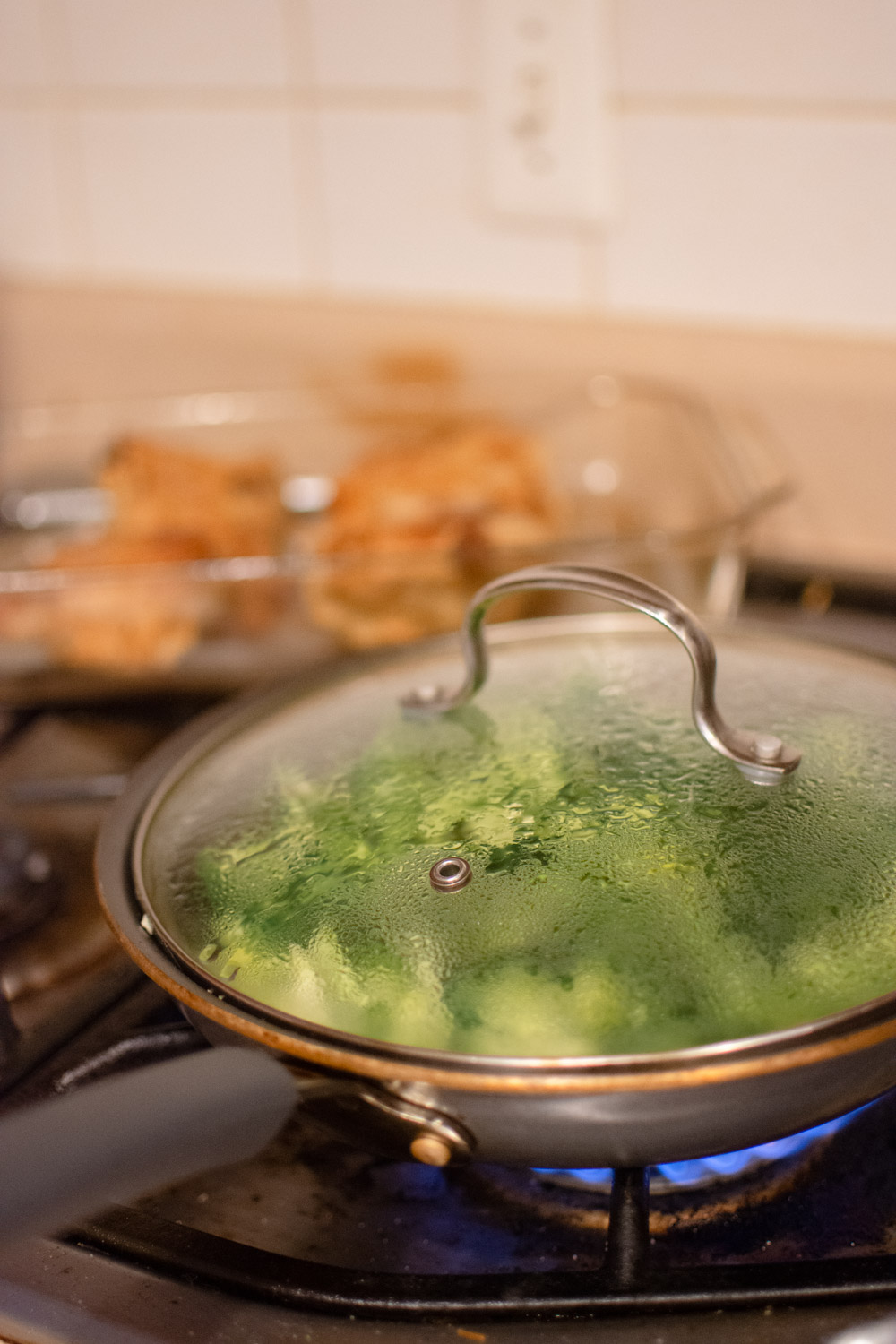 easiest way to steam broccoli