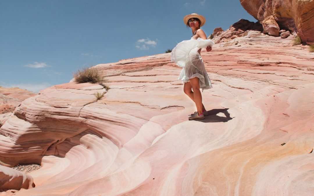 How to Take Amazing Selfies While Traveling Alone