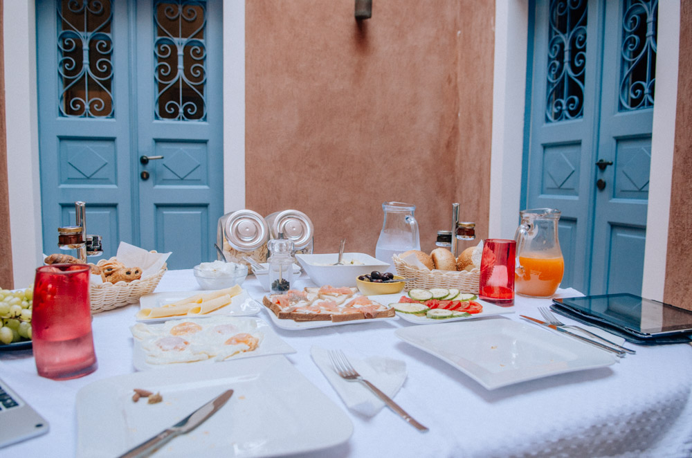 where to stay in oia